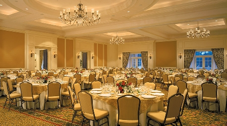 The Grand Oaks Ballroom