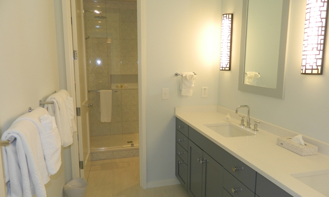 2nd Floor Master Bathroom 2