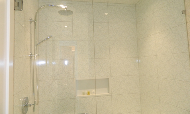 2nd Floor Master Shower