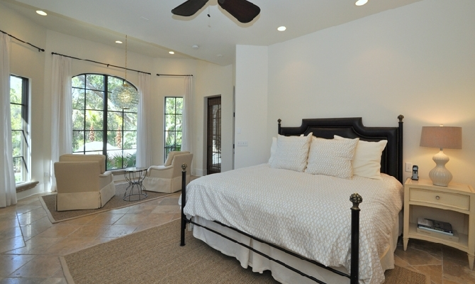 1st Floor Master Bedroom