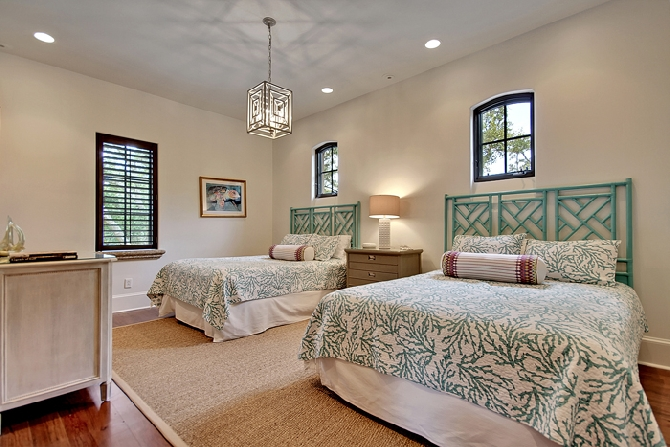2nd Floor Double Queen Bedroom