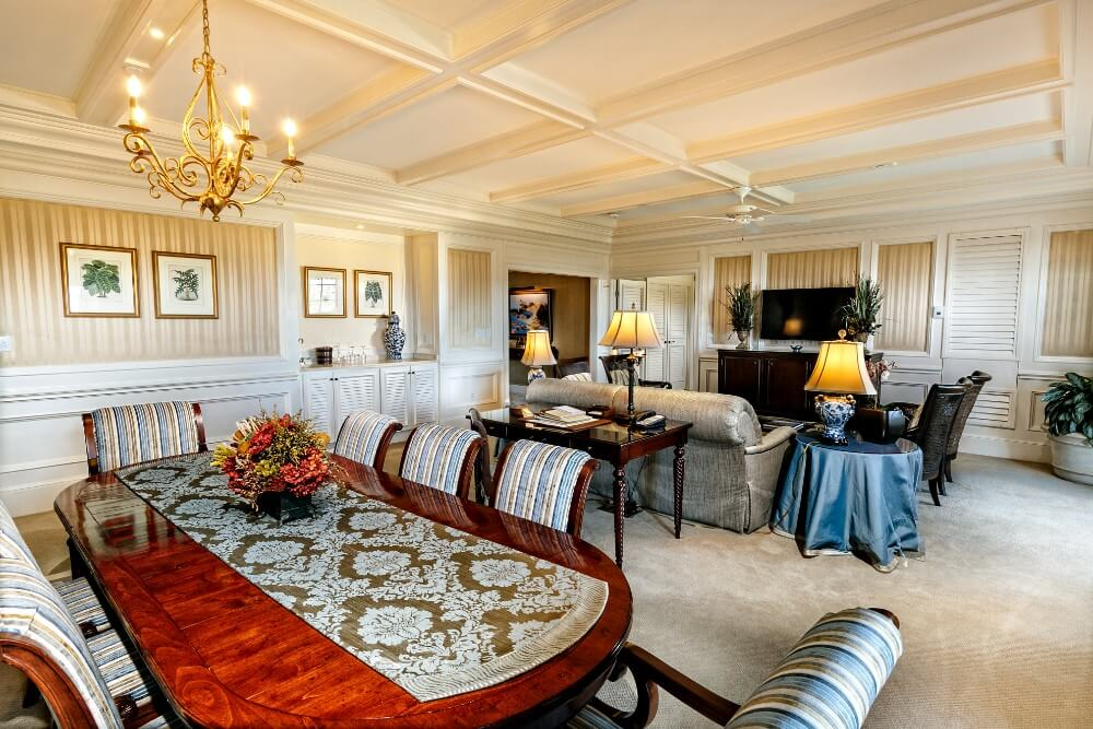 Governor's Suite living room