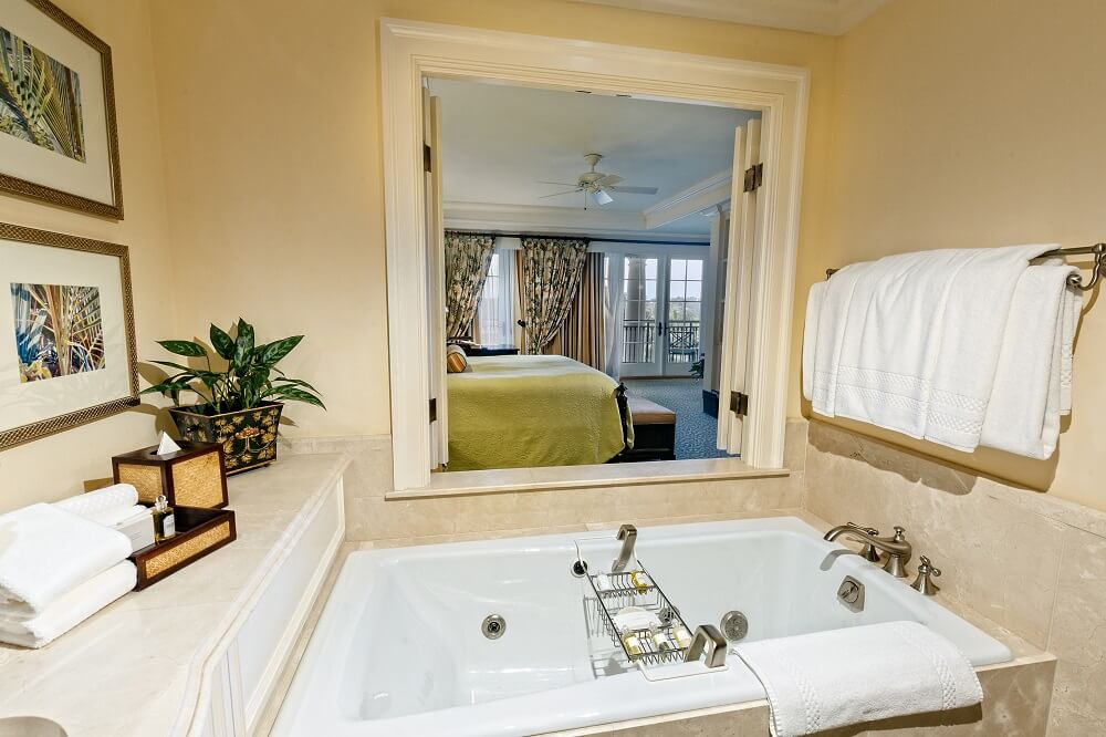 Garden View Suite bathroom