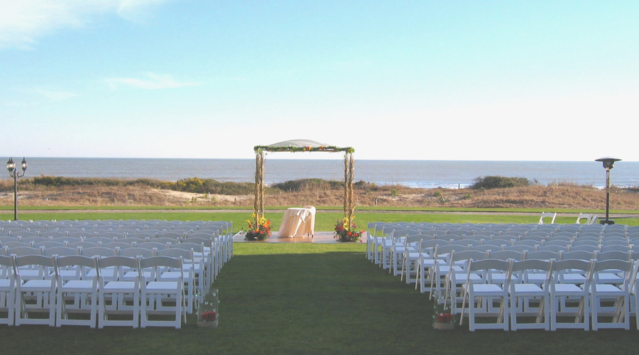 Grand Lawn wedding ceremony